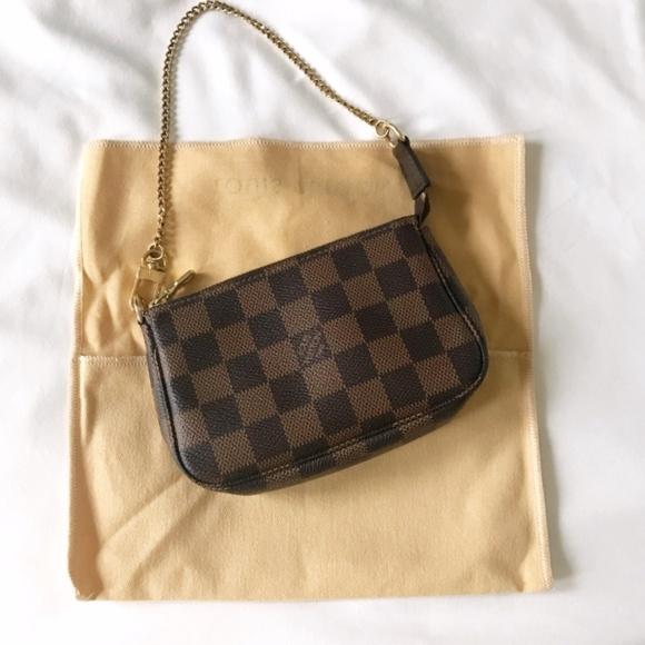 site réputé 49d01 ac9e9 ‼️ Made in France Louis Vuitton Pochette mini bag